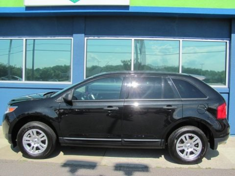 Tuxedo Black Metallic 2011 Ford Edge SE