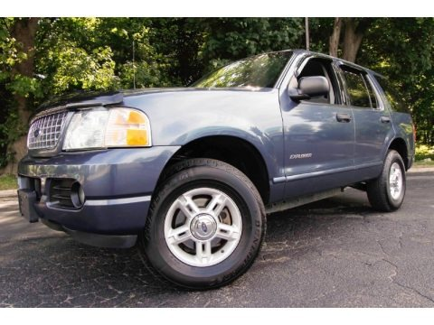 Medium Wedgewood Blue Metallic 2004 Ford Explorer XLT 4x4