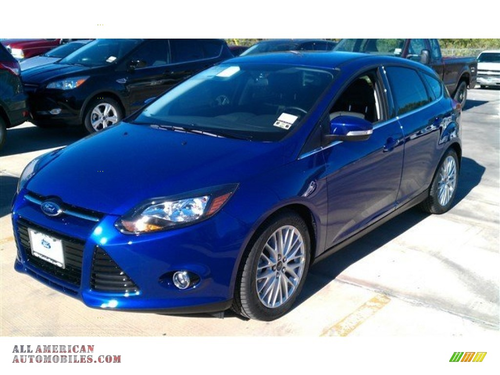 2014 ford focus titanium hatchback in performance blue 419661 all american automobiles buy. Black Bedroom Furniture Sets. Home Design Ideas