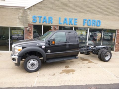 Black 2015 Ford F550 Super Duty XL Super Cab 4x4 Chassis
