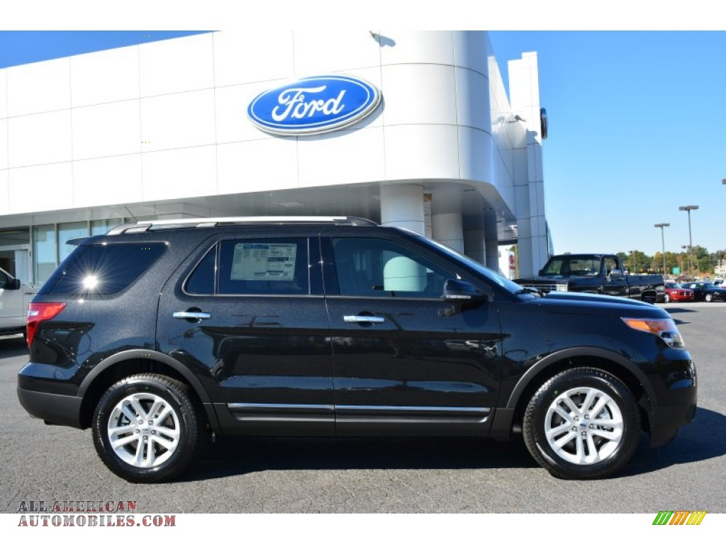 2015 ford explorer xlt in tuxedo black photo 2 a71103 all american automobiles buy. Black Bedroom Furniture Sets. Home Design Ideas