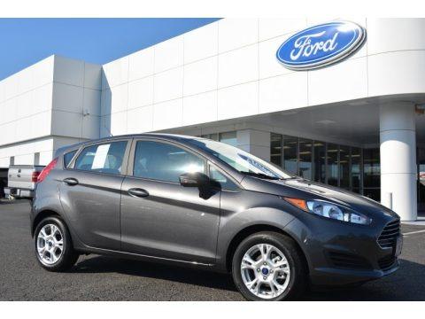Magnetic Metallic 2015 Ford Fiesta SE Hatchback