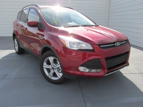 Ruby Red Metallic 2015 Ford Escape SE