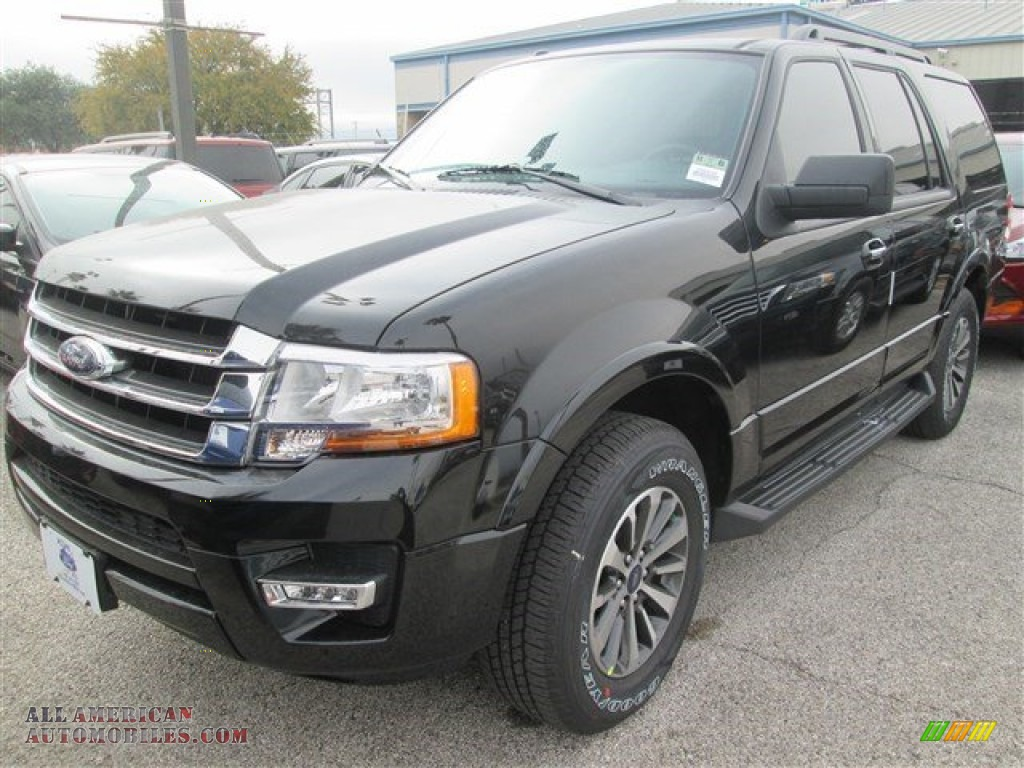 2015 ford expedition xlt in tuxedo black metallic photo 9 f16536 all american automobiles. Black Bedroom Furniture Sets. Home Design Ideas