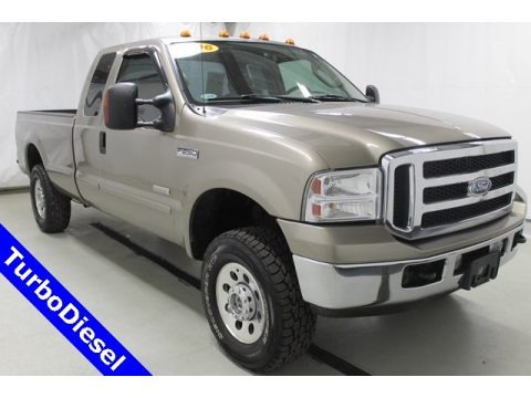 Arizona Beige Metallic 2006 Ford F250 Super Duty XLT SuperCab 4x4